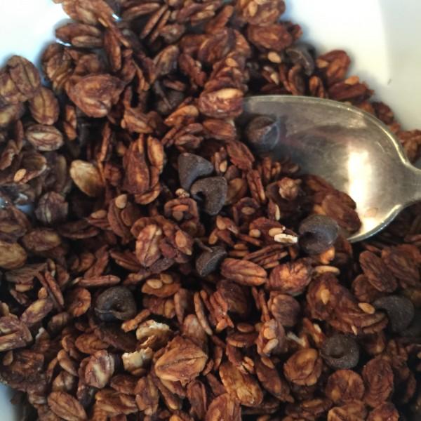 Granola aux gruettines (cacao cru caramélisé)