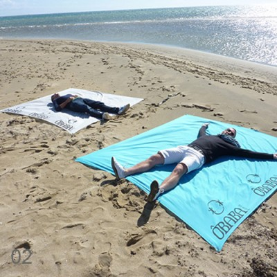 INDISPENSABLE plage serviette sans sable obaba 02